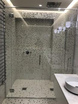 pare-douche sur-mesure paris